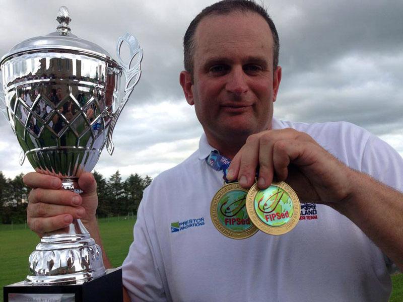 Победитель ЧМ 2014 в Ирландии Стив Рингер