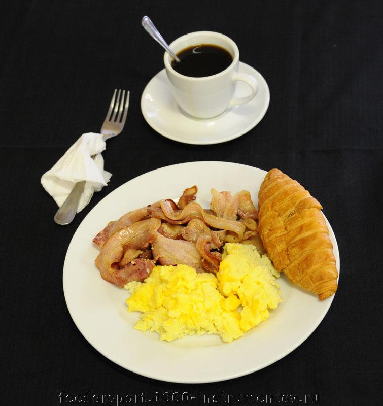 Завтрак перед тренировкой на ЧМ в ЮАР 2013