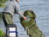Колганов В. готовится к взвешиванию улова