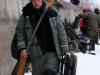 Сергей доставляет рыболовное снаряжение в сектор, первый тур Кубка Волжанка 2013